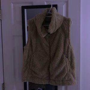 tommy hilfinger fur vest